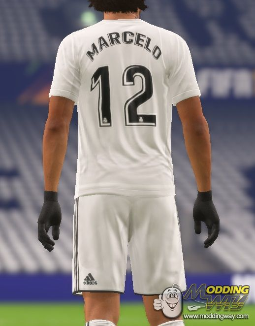 the latest 78f7a f1635 Real Madrid 18-19 Home Kit by Mark - FIFA 14 at ModdingWay